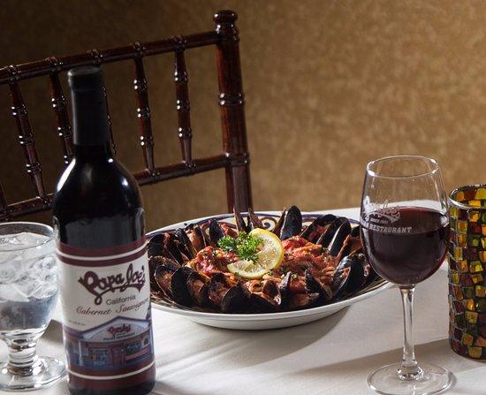 Brooksville, Flórida: Wine & Dine at Papa Joe's
