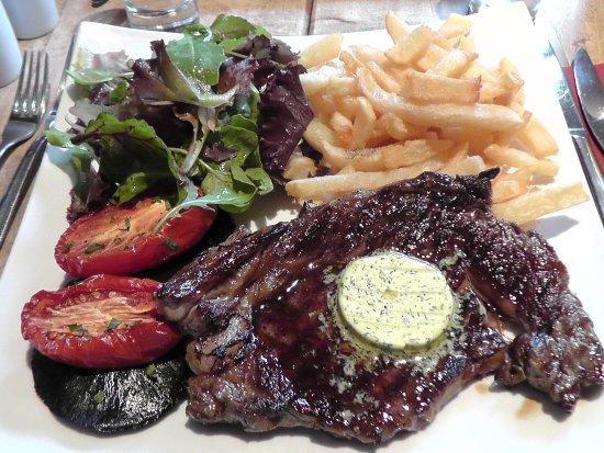 Dulverton, UK: Steak at Woods......to die for.