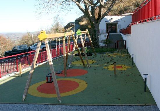 Musculdy, Francia: aire de jeux pour les enfants