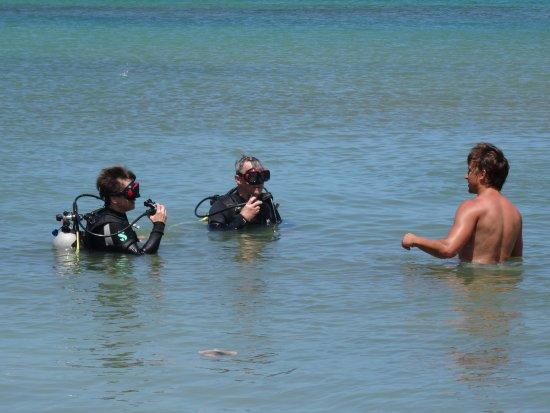 Κόλπος Simpson (Λιμνοθάλασσα), Άγιος Μαρτίνος: Discover Scuba training on the beach