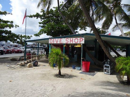 Simpson Bay, Saint-Martin / Sint Maarten: The best dive shop in the world!