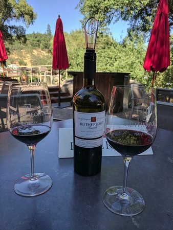 Rutherford Hill Winery: Amazing bottle of wine!