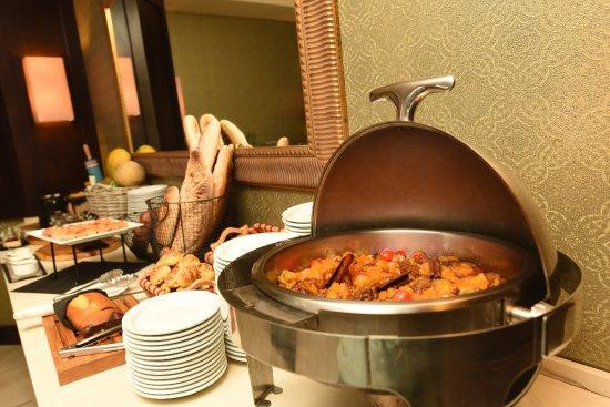 KC Hotel San Jose: Breakfast Buffet