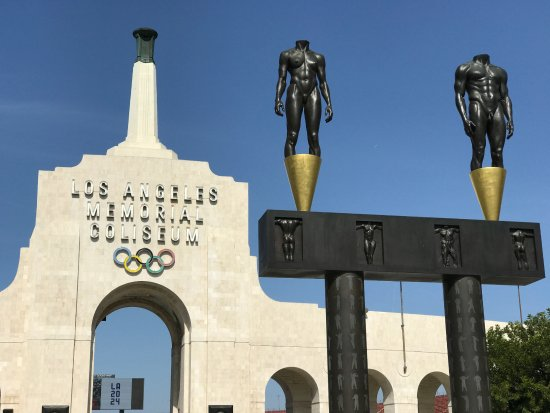 ‪Los Angeles Memorial Coliseum‬