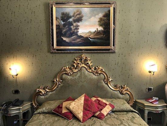 Hotel Al Ponte Mocenigo: La camera