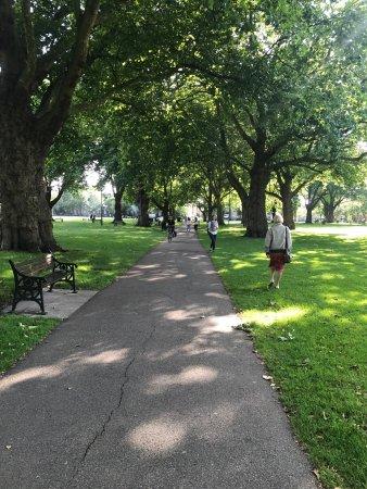London Fields Park: photo1.jpg