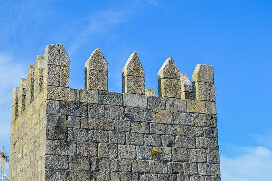 Porto District, Portugal: Muralha Fernandina
