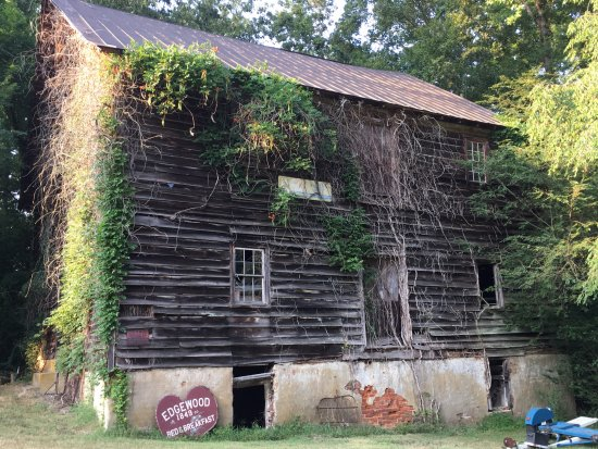 Charles City, VA: The grist mill