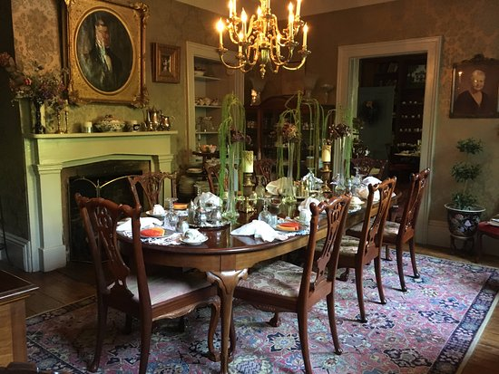 Charles City, VA: The dining room