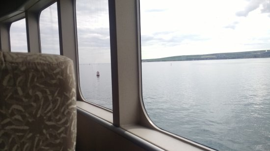 Kanaaleilanden, UK: Departing Poole on Condor Liberation.
