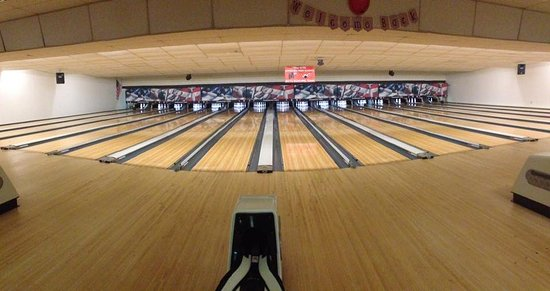 Channahon, IL: 16 Synthetic Lanes available for league and open bowling
