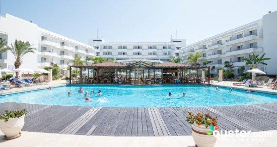 Louis Ledra Beach: outdoor-pool--v3200274-w902-1_large.jpg