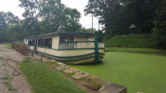 Coshocton, OH: picture of front of the boat