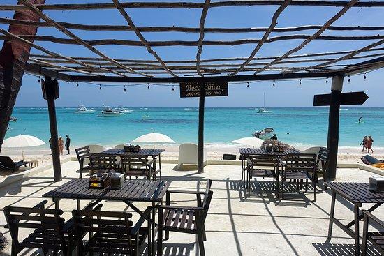 Capri Beach House Hotel & Restaurant