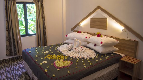 Thulusdhoo Island: Standard Rooms with all modern amenities, en-suite bathroom with hot & cold water, air-condition