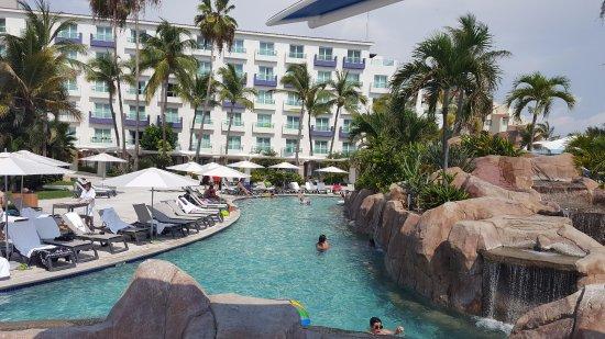 Hard Rock Hotel Vallarta : Great pools.