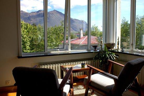 Borgarnes, Islandia: Common area for guests to communicate nad relax.