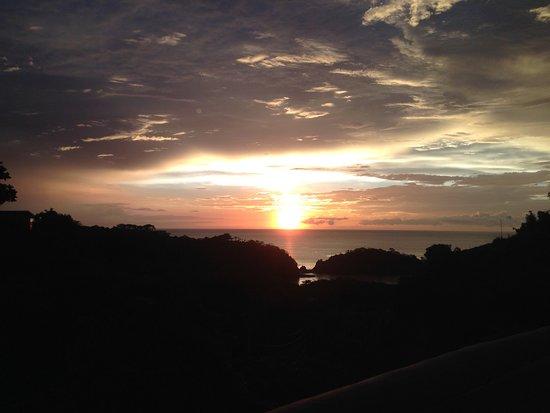 Apartamentos La Loma del Atardecer: Coucher de soleil sur le Pacifique