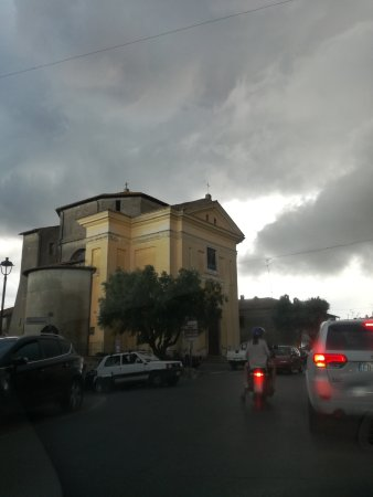 Canale Monterano, Italia: IMG_20170725_191243_large.jpg