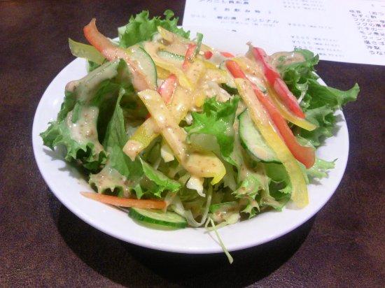 Kashiwazaki, Japan: サイドメニューグリーンサラダ