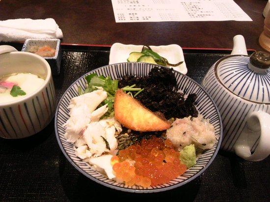 Kashiwazaki, Japan: 鯛茶漬けセット