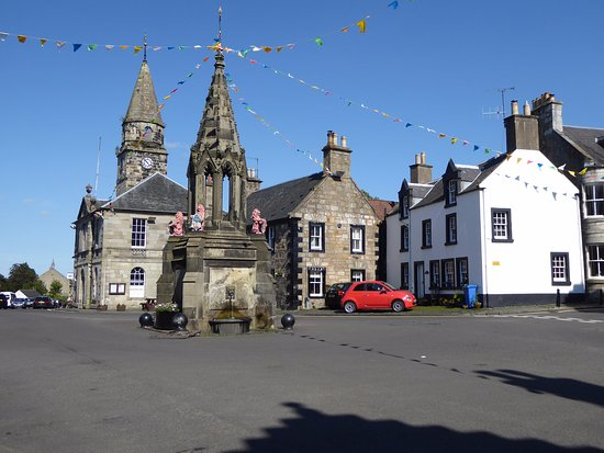 Village Square, Falkland