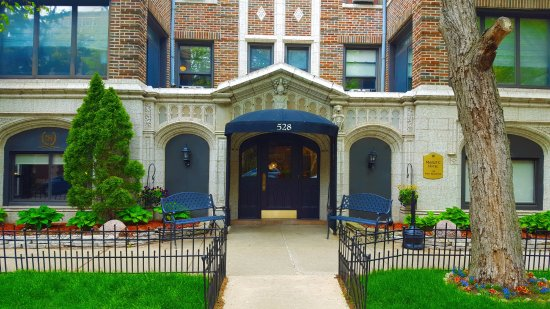 Majestic hotel updated 2018 reviews price comparison and for Majestic hotel chicago