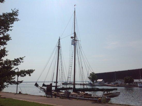 Superior Odyssey Sailing Charters: Coaster II