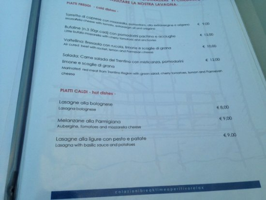 Ranco, Italia: Sample menu page - only 3 hot choices