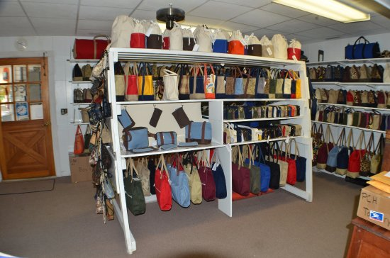 Cedar Key Canvas makes Purses, Totes, Duffles and Luggage right on the premises.