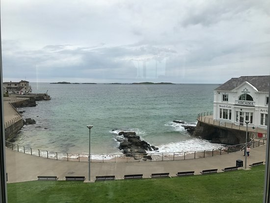 Portrush Atlantic Hotel: Room 124 has a nice view of the Atlantic