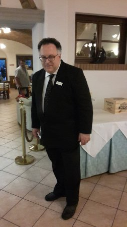 Fattoria Hotel Belvedere: il simpaticissimo boss del ristorante