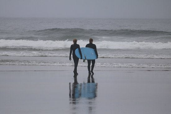 Cannon Beach Surf: Heading out