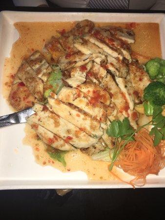 At nine restaurant bar new york city for 22 thai cuisine new york ny