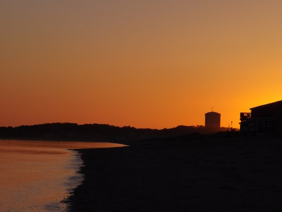 Sunset at Crow's Nest beach