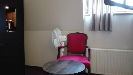hotel salzburger hof bergen tyskland omd men och. Black Bedroom Furniture Sets. Home Design Ideas