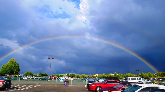 Dorney Park & Wildwater Kingdom: Double Rainbow After Walking for 25 Minutes To Get Back To My Car