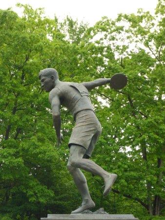 Statue of Jim Thorpe