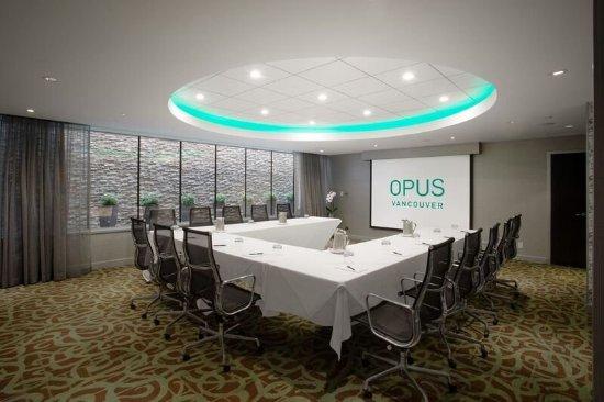 Opus Hotel: Opus II