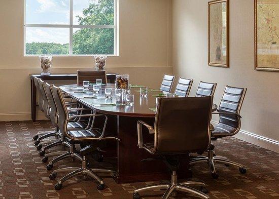 East Hartford, CT : Meeting Room