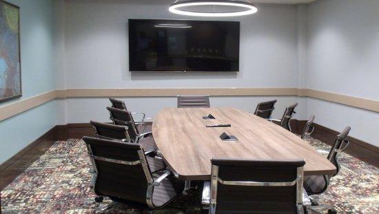 Shenandoah, TX: Platinum Boardroom
