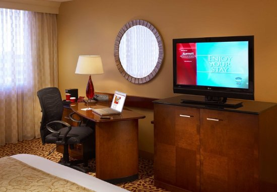 Overland Park, KS: The Room That Works