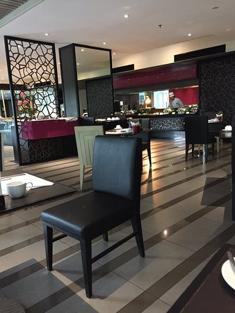 Best Western Premier Amaranth Suvarnabhumi Airport: Restaurant