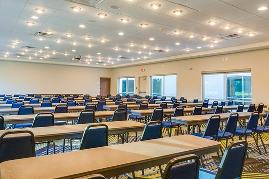 Russellville, AR: Conference Room