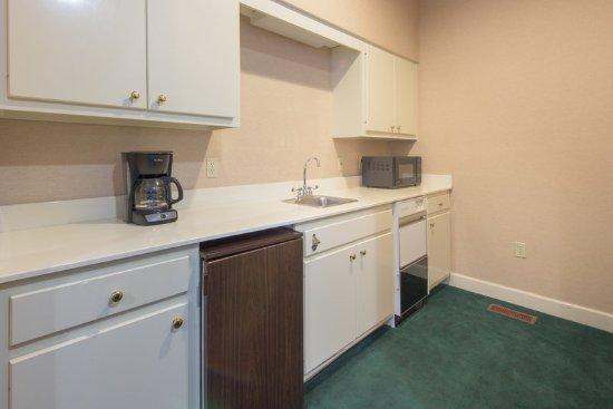 Albany, Georgien: Suite Kitchen