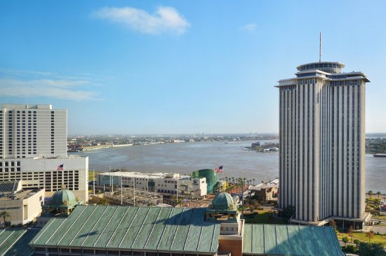 Loews New Orleans Hotel: View of River from Rooms