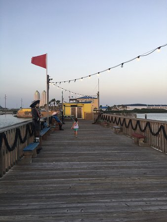 Pier 19: photo0.jpg