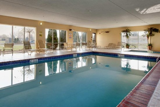 Fremont, OH: Indoor Pool