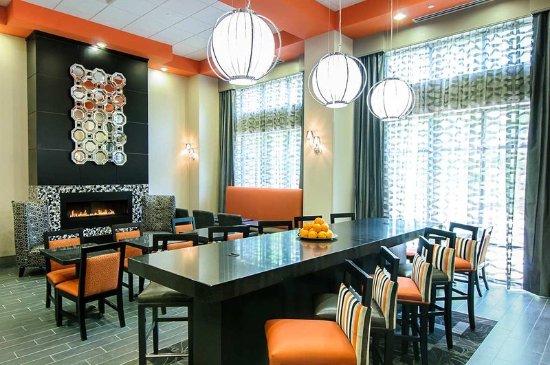 Lounge area Hotel in Stafford VA