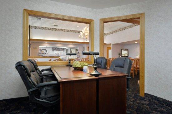 Clarksville, IN: Business Center